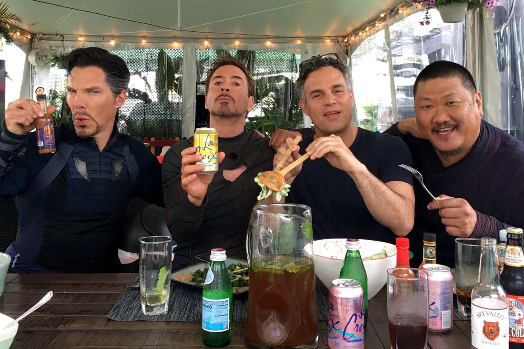 Marvel: 15 Best Behind The Scenes Photos You Have To See