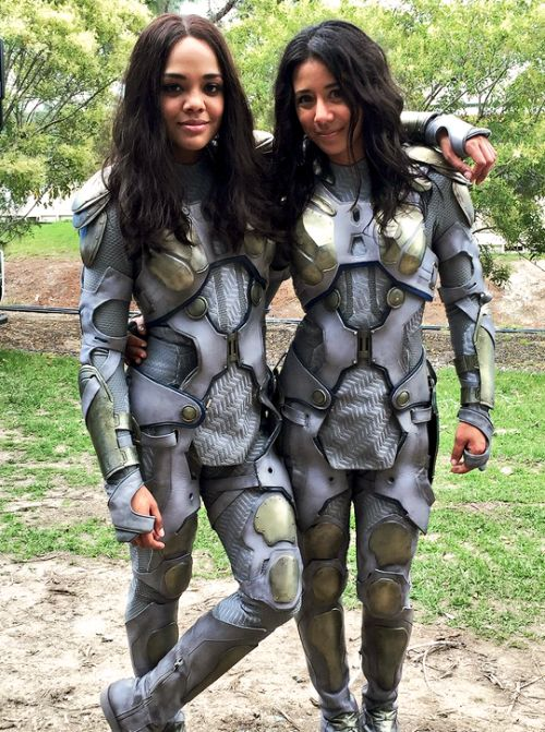 https://www.quirkybyte.com/wp-content/uploads/2020/09/Tessa-Thompson-and-stunt-double-Tara-Macken.jpg