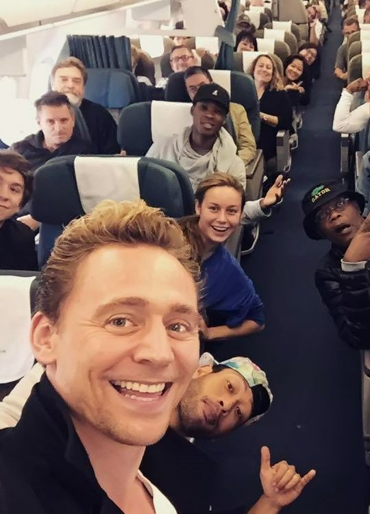 Marvel Cast Hanging Out And Being Adorable