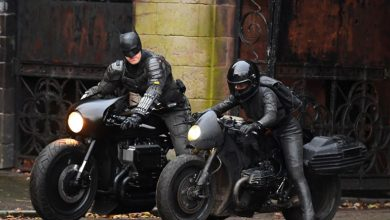 Photo of The Batman – New Set Photos & Videos Show Batsuit, Gadgets & Motorcycle Action
