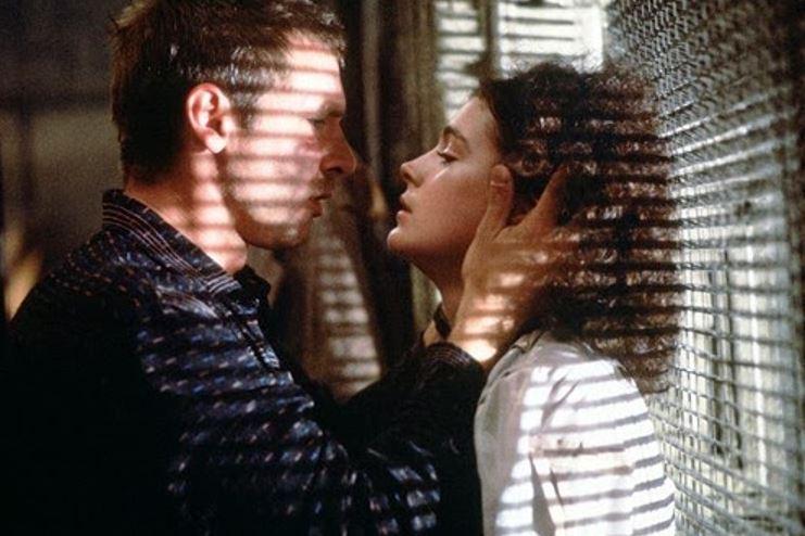 Romantic Scenes In Movies Creepy