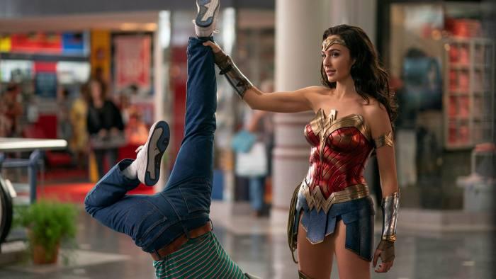 Zack Snyder Shares A Secret Wonder Woman Photo
